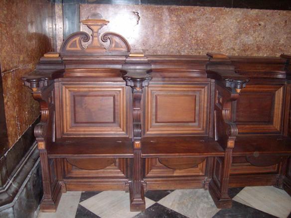 Muebles antiguos en valencia good conjunto de muebles antiguos de madera de nogal tallada with - Muebles antiguos valencia ...